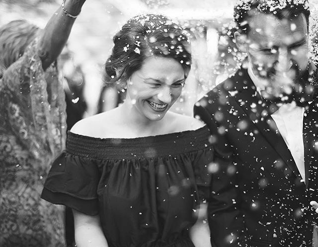 Remember that time it snowed last week? That was awesome. This is not a picture of that, but it is just as magical. 🙂 See the rest on the blog! Link in bio. #tennesseeweddings #weddingphotographer #jacksontnphotographer #jacksontnweddingphotographer #westtnweddingphotographer #fallwedding