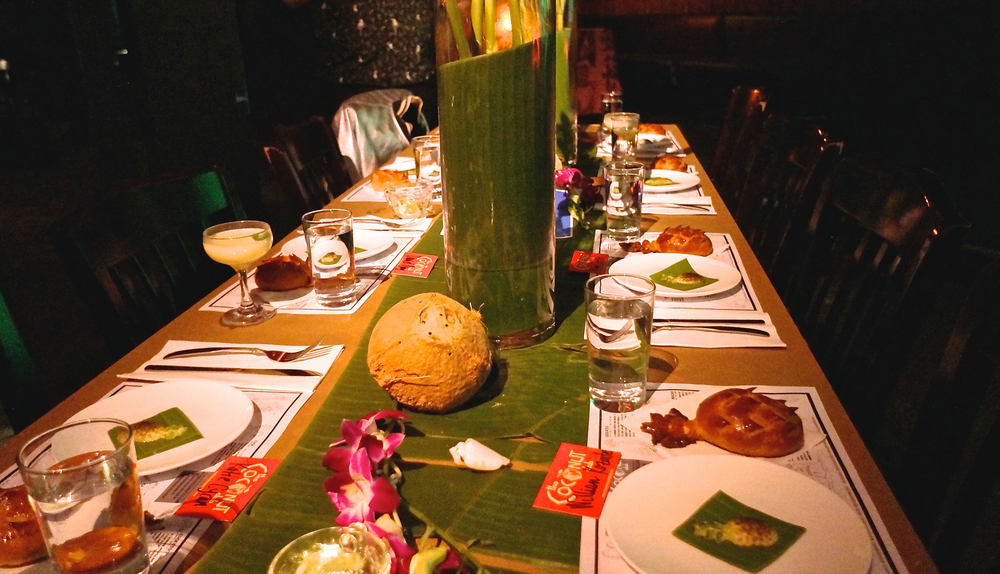 coconut-club-table-before-dinner.jpg