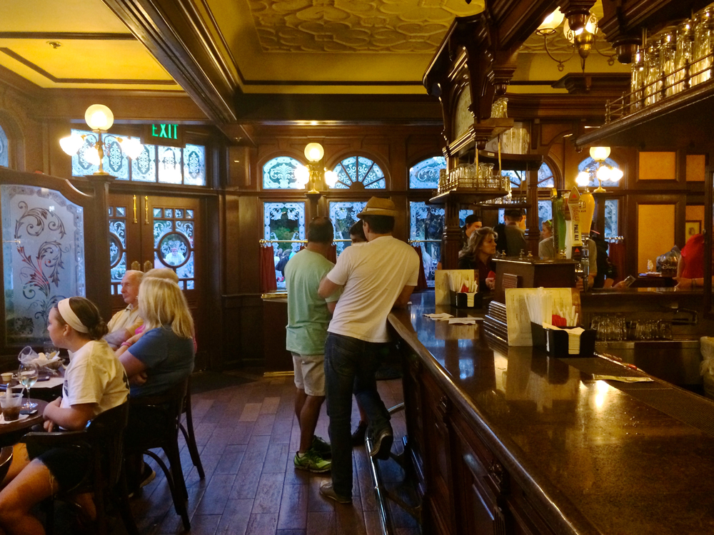 united-kingdom-epcot-rose-crown-pub.jpg
