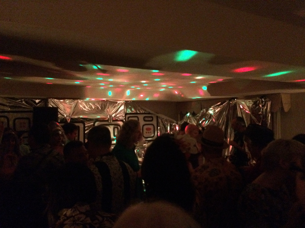 tiki-oasis-room-party-lights.jpg