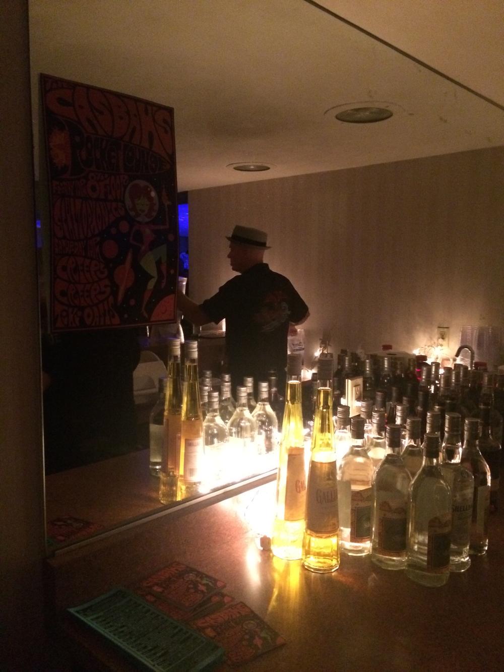 tiki-oasis-room-party-bar-2.jpg