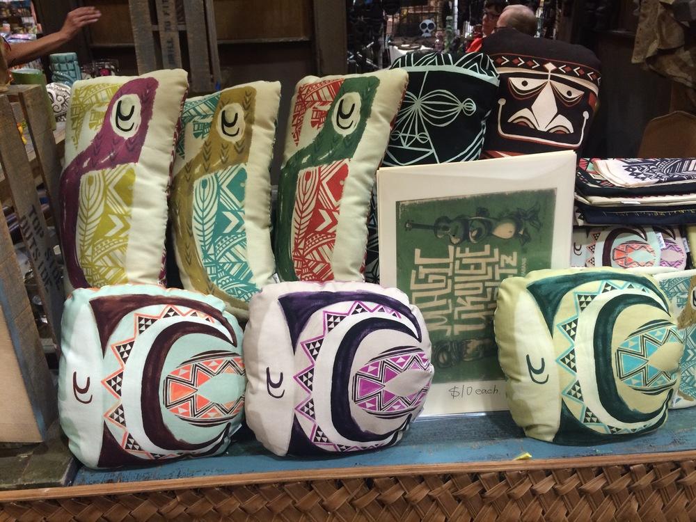 tiki-oasis-vendor-pillows.jpg