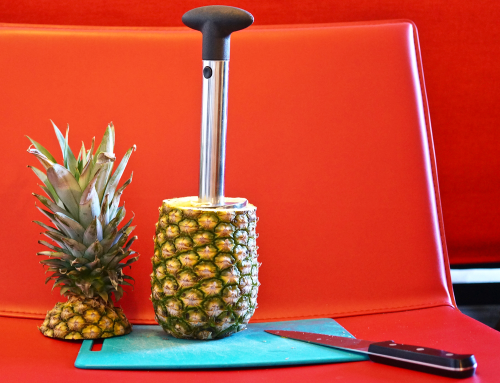 pineapple-slicer-and-decorer.jpg