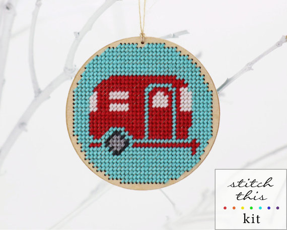 diy-christmas-ornament-needlepoint-kit.jpg