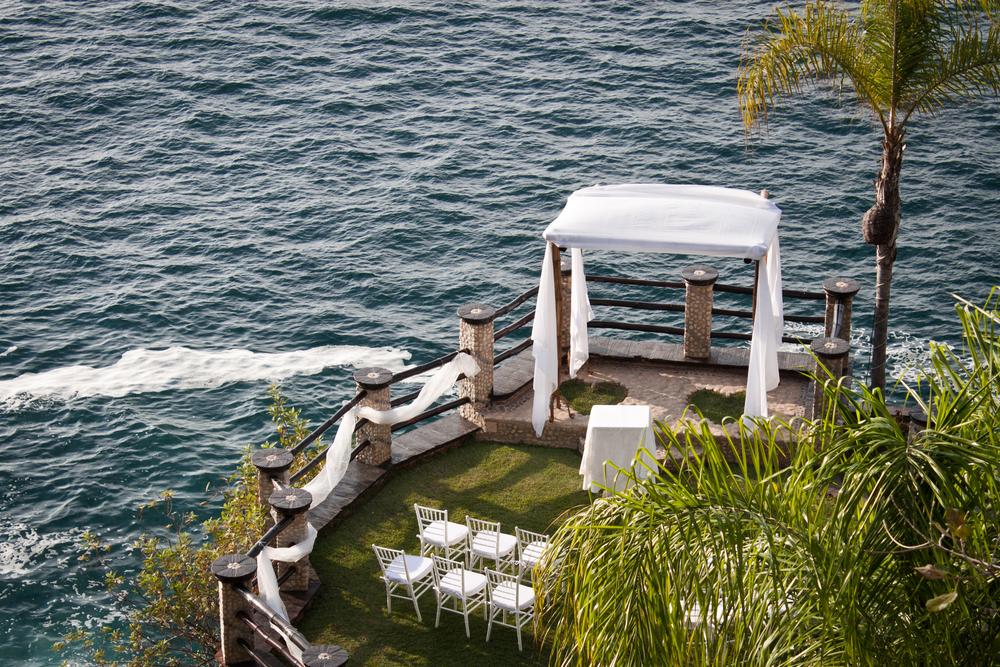 wedding-venue-on-the-water.jpg