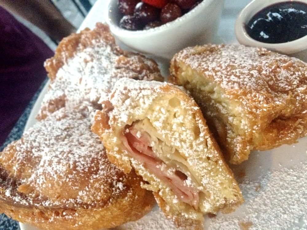monte-cristo-sandwich-cafe-orleans.jpg