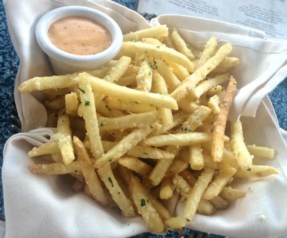 pommes-frites-cafe-orleans.jpg