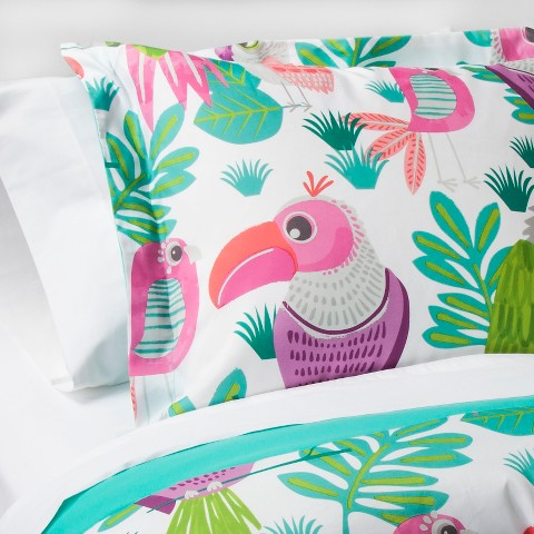 parakeet-paradise-comforter-set-pillowfort.jpg