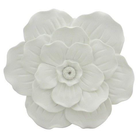 white-flower-wall-decor-pillowfort.jpg