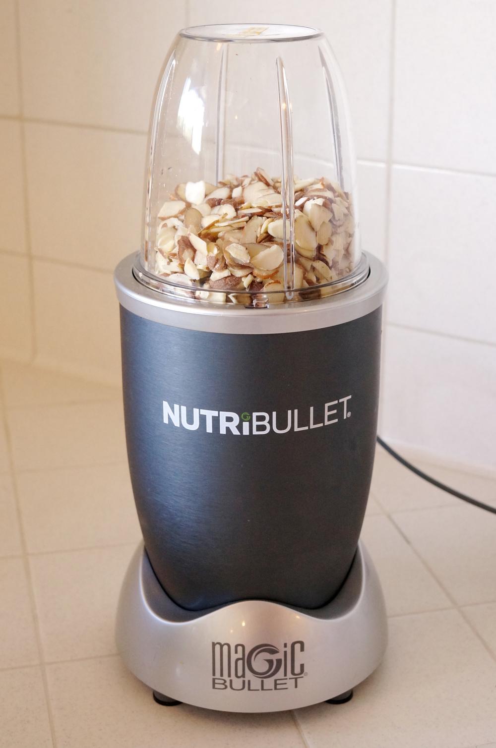 almonds-nutribullet.jpg