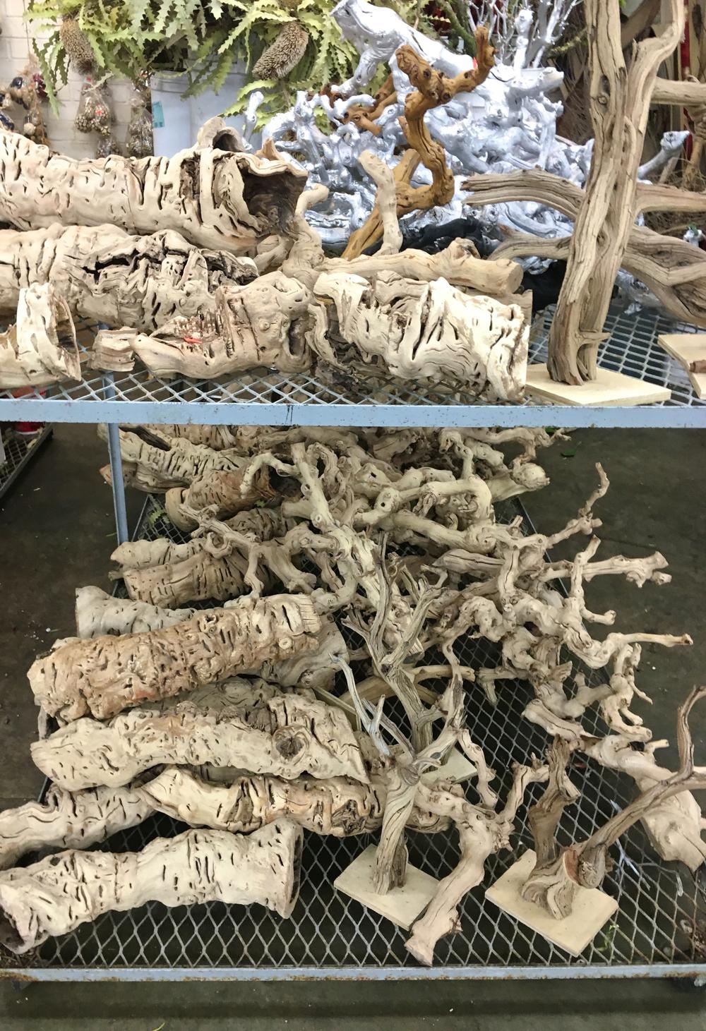 driftwood-la-flower-market.jpg