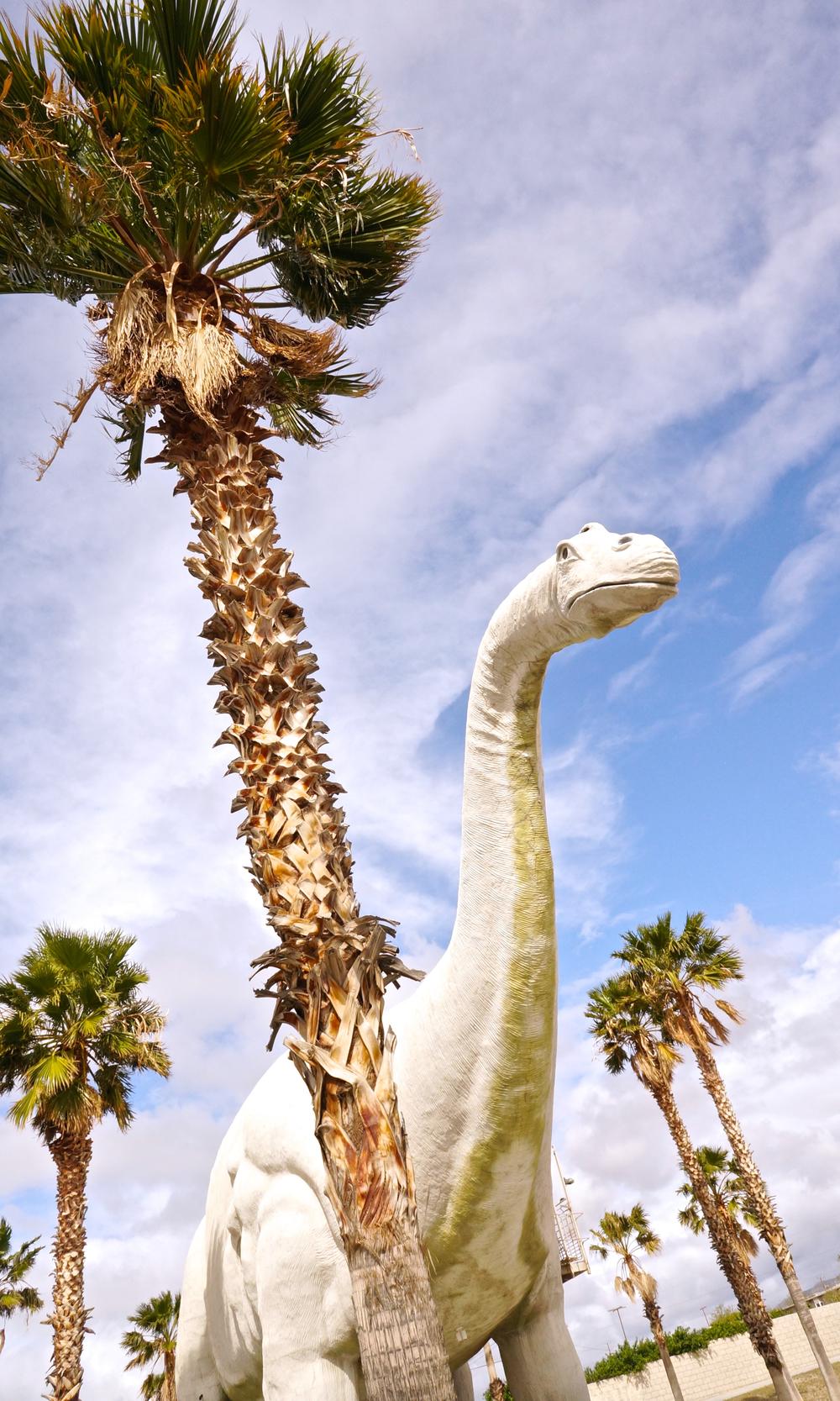 cabazon-dinosaurs-brontosaurus.jpg