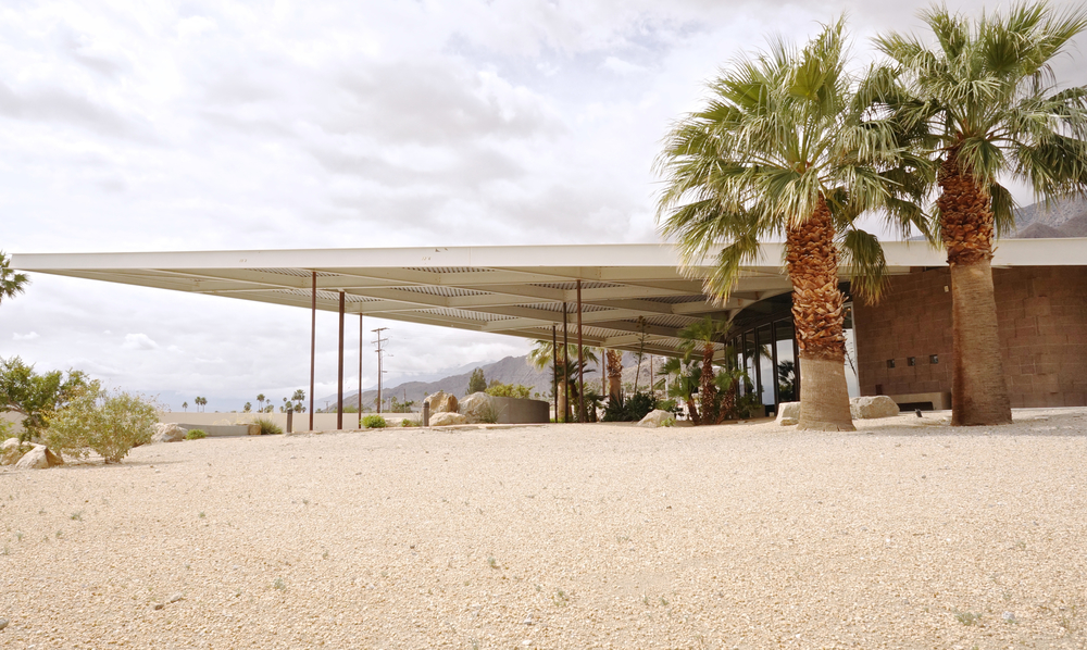 palm-springs-visitors-center.jpg