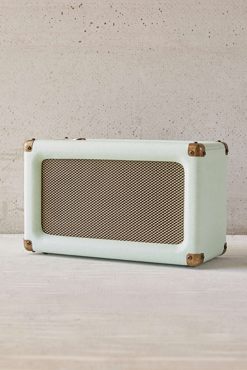 crosley-harper-wireless-speaker.jpg