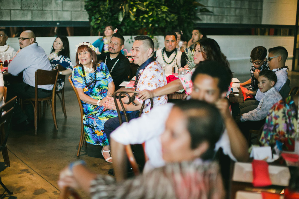 modern-tiki-wedding-guest-dinner.jpg