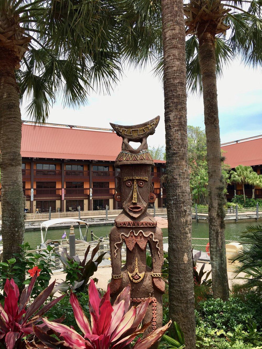 polynesian-resort-tiki.jpg