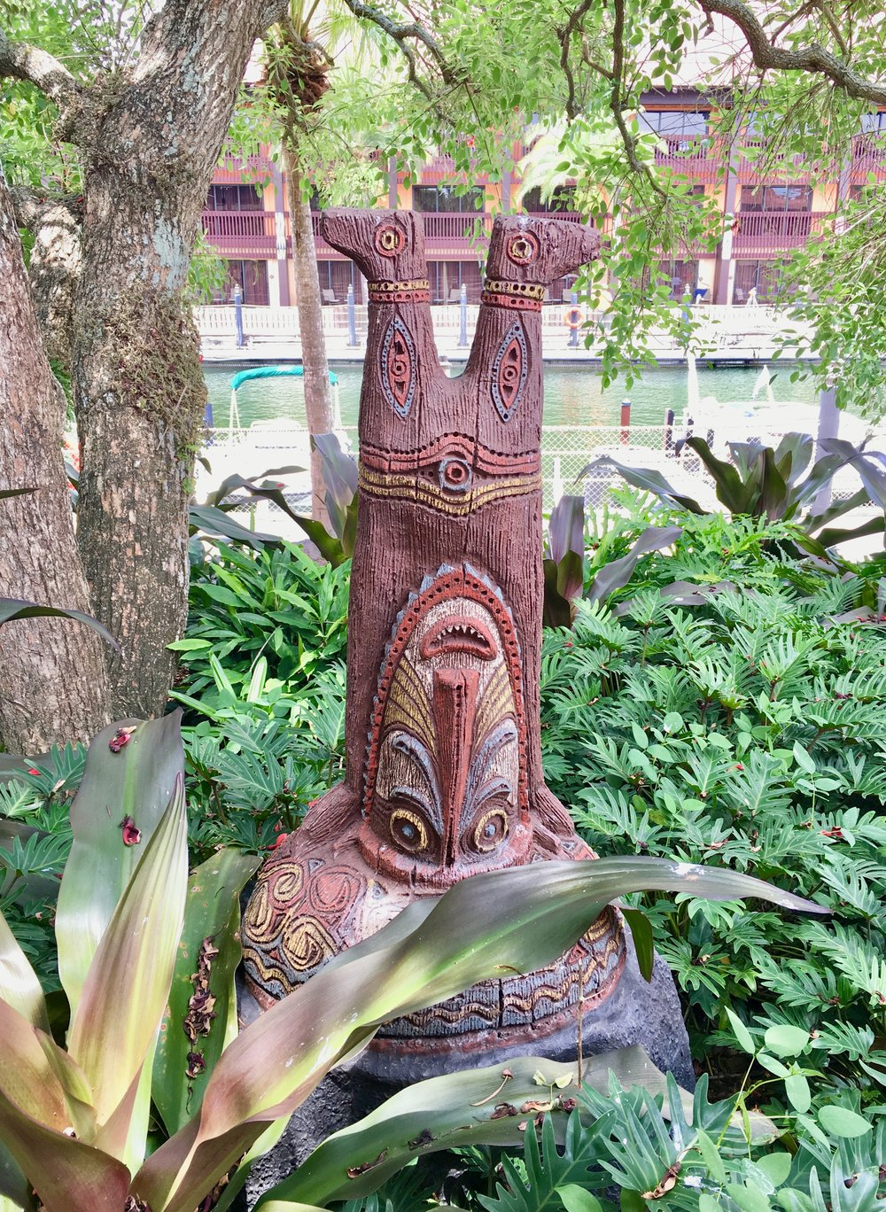 polynesian-village-resort-tiki.jpg