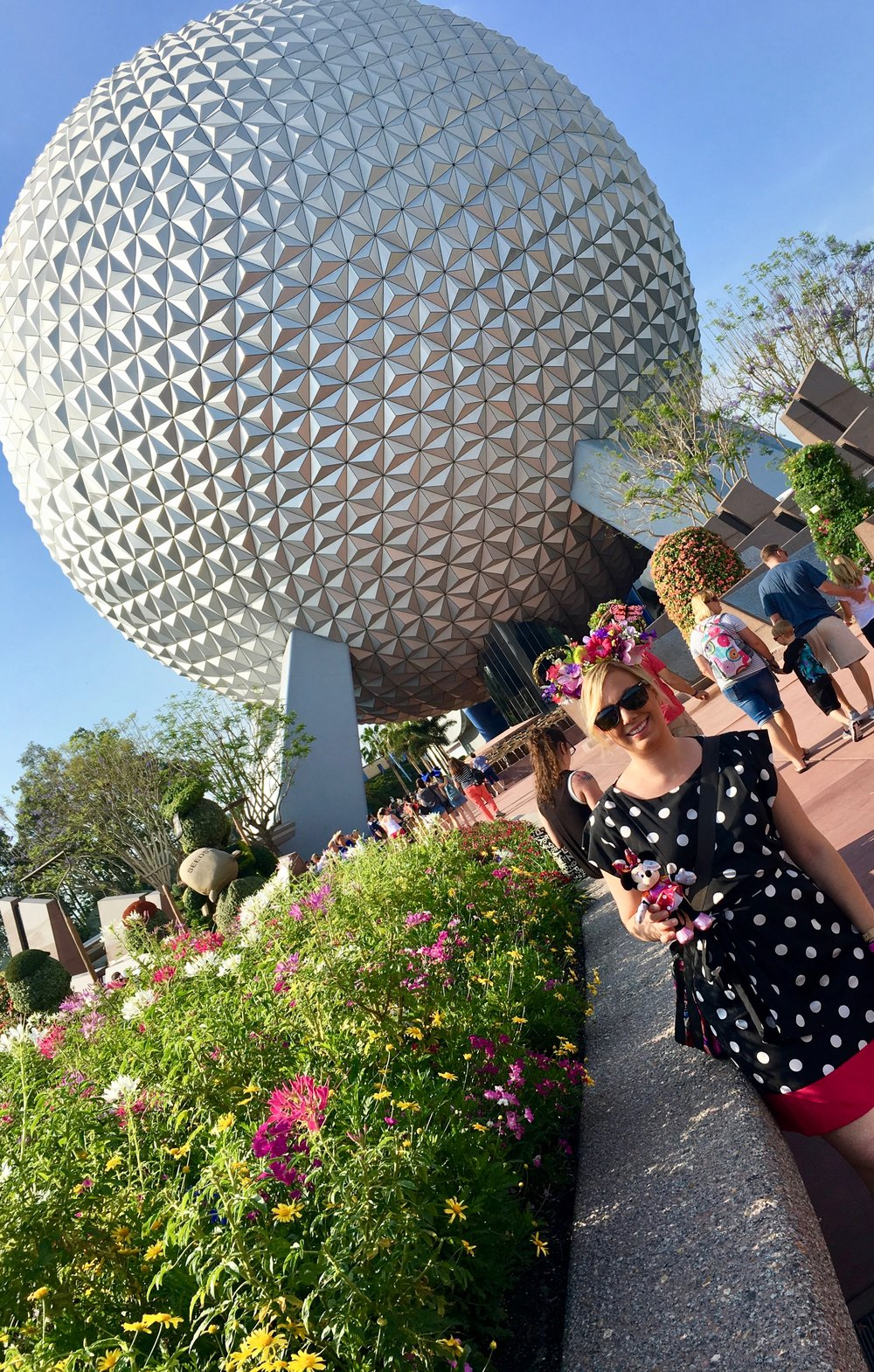 epcot-entrance-spaceship-earth.jpg