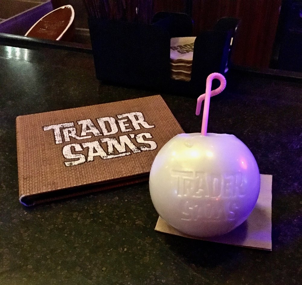 trader-sams-grog-grotto-pearl.jpg