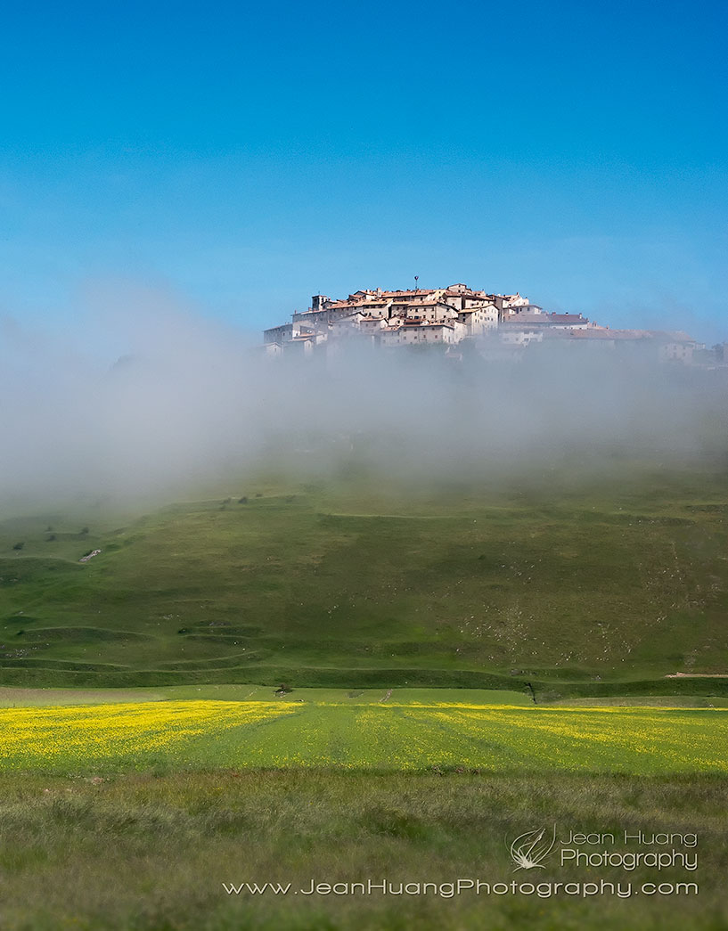 Village-of-Castelluccio-di-Norcia-Perched-above-the-Cloud-Umbria-Italy-Copyright-Jean-Huang-Photography