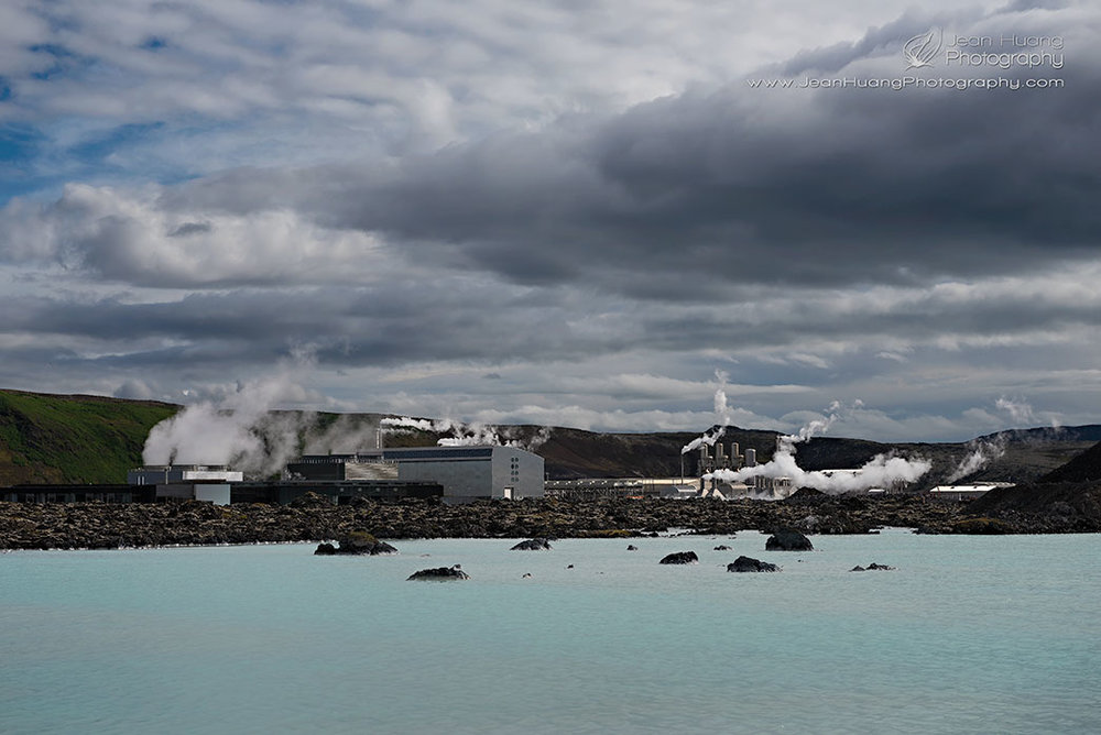 Geothermal-Power-Plant-Svartsengi-in-the-Background-of-Blue-Lagoon-Iceland-Copyright-Jean-Huang-Photography
