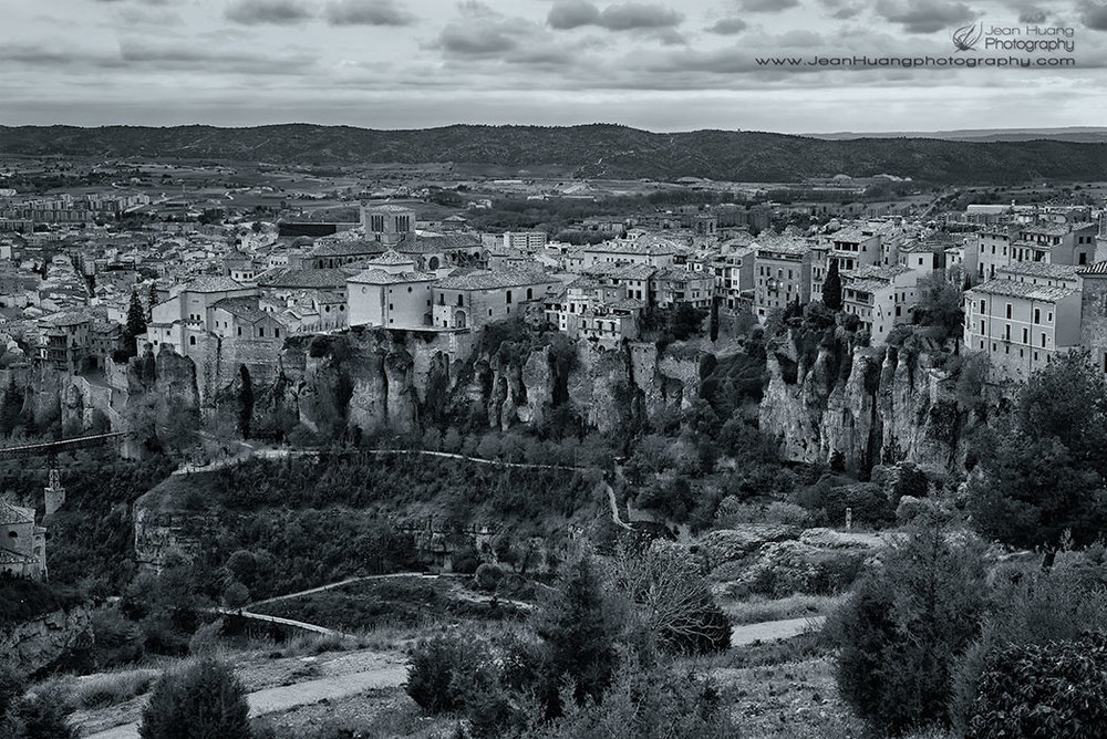 Houses-on-the-Edge-of-Cliff-Cuenca-Spain-Copyright-Jean-Huang-Photography
