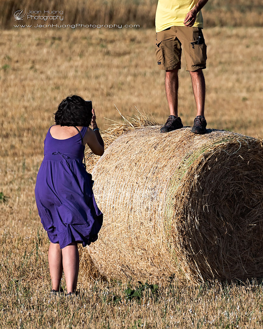 Tourist-on-Hay-Stack-Valensole-Provence-France-Copyright-Jean-Huang-Photography