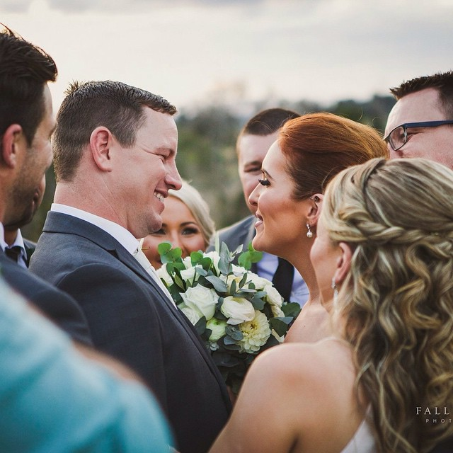 The love cocoon surrounding Kieran + Laura after their ceremony at Branell Homestead - one of my favourite parts of the day! Captured by Fallen Lupe Photography ❤️