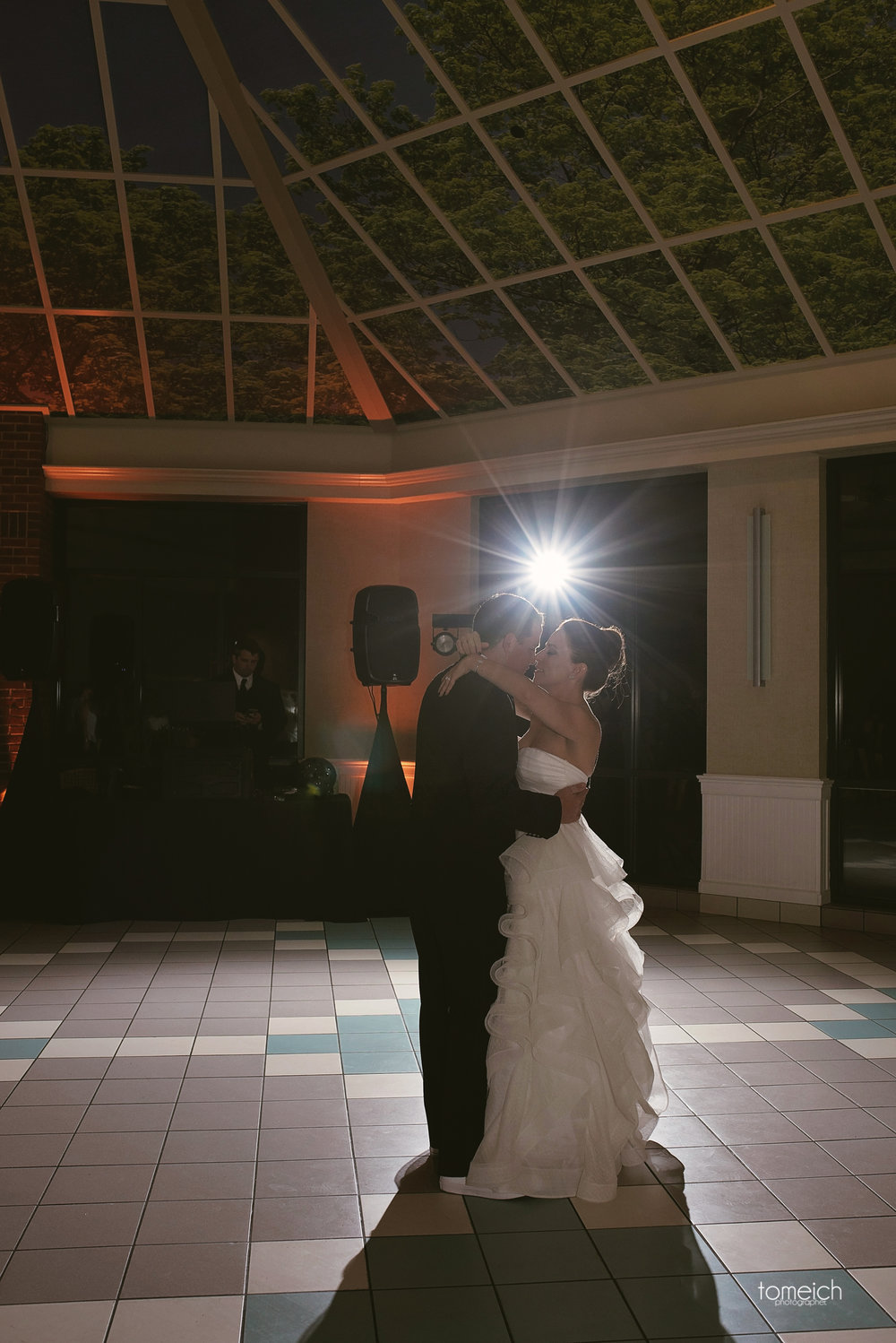 back light first dance