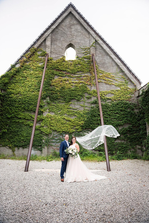 best wedding photographer 63367-0103.jpg