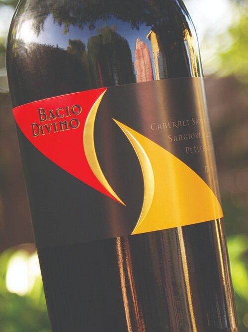 Bacio_Divino_wine label.2.jpg