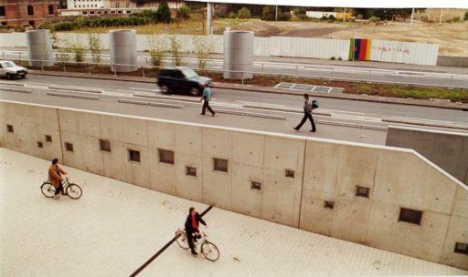 Installation vidéo permanente - Allée de Liège, Euralille, France