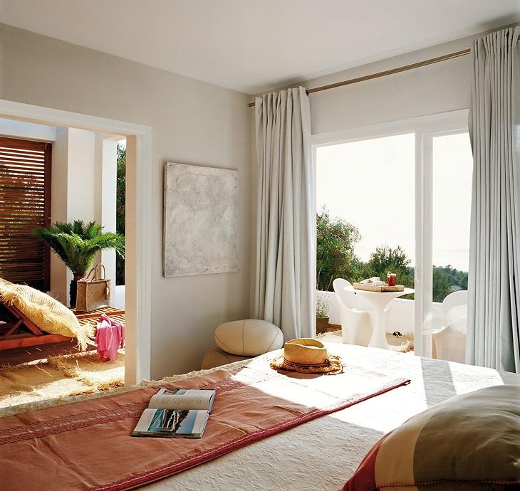 Dormitorio-principal-casa-Ibiza-home-master-bedroom.jpg