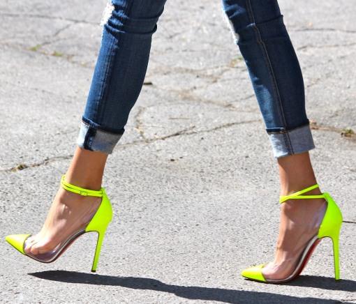 la-modella-mafia-model-street-style-Christian-Louboutin-neon-yellow-pumps.jpg