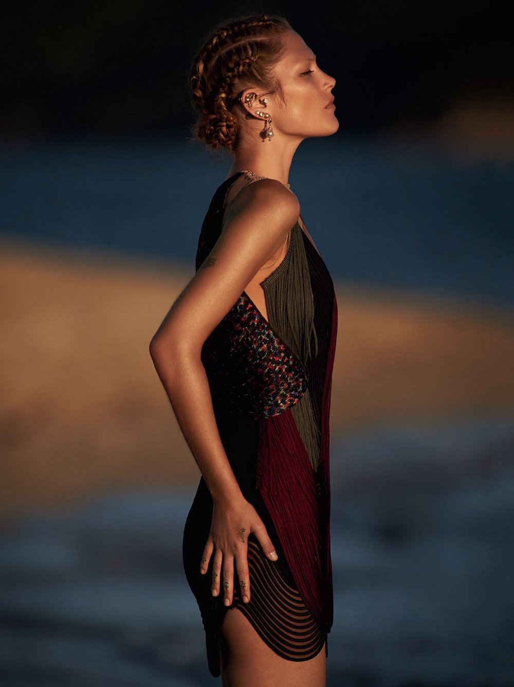 Catherine-McNeil-by-Gilles-Bensimon-for-Vogue-Australia-October-2014-9.jpg