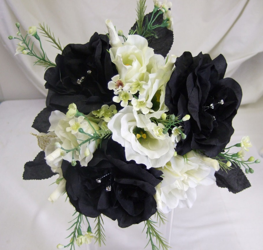 Black-and-White-Wedding-Flowers.jpg
