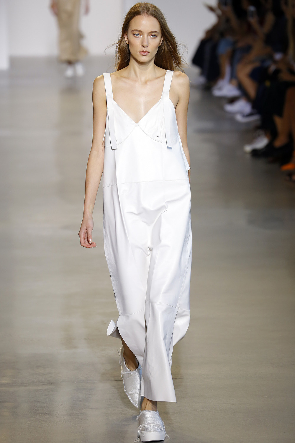 Calvin-Klein-Collection-Spring-2016-Ready-to-wear5.jpg