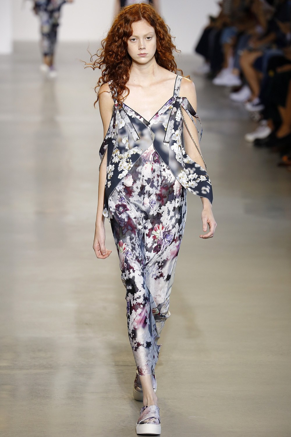 Calvin-Klein-Collection-Spring-2016-Ready-to-wear11.jpg