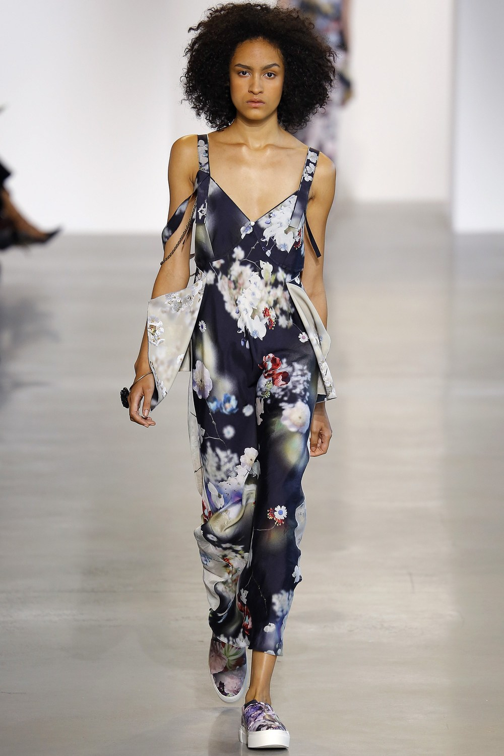 Calvin-Klein-Collection-Spring-2016-Ready-to-wear12.jpg