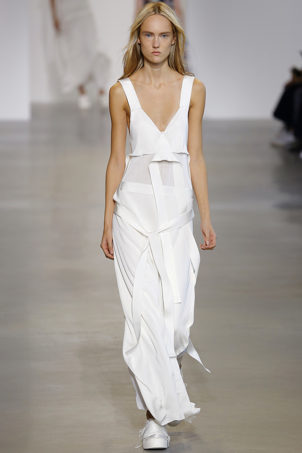 Calvin-Klein-Collection-Spring-2016-Ready-to-wear16.jpg