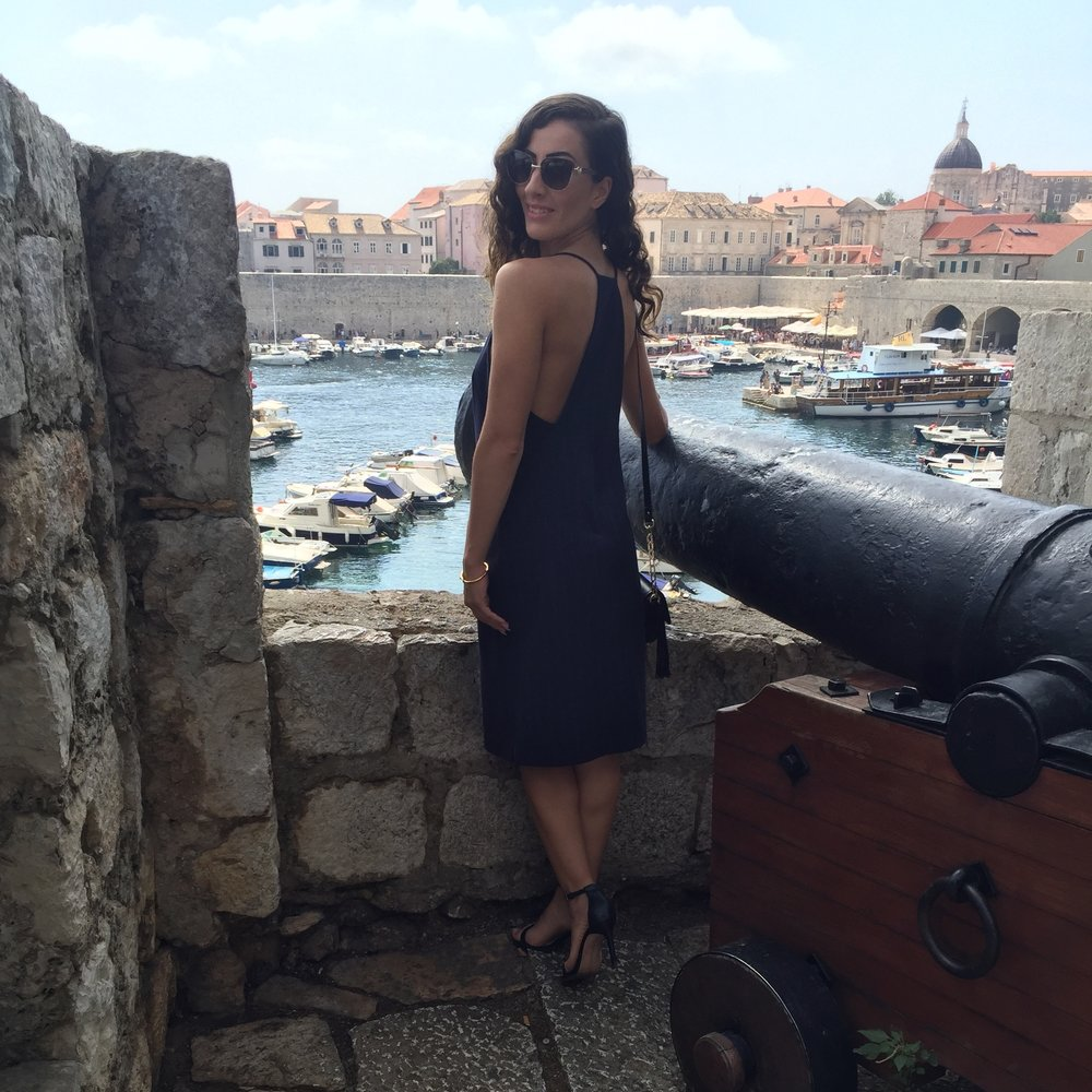 dubrovnik-fashion-blogger-travel-outfitoftheday-croatia-streetstyle.jpeg