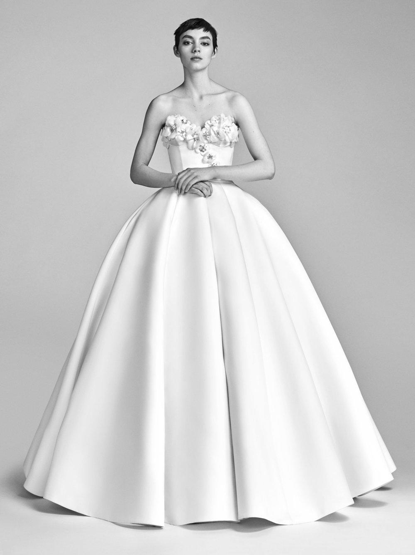 01-viktor-rolf-spring-18-bridal.jpg