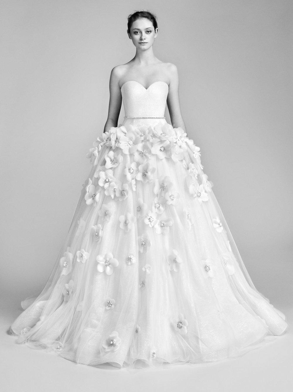 11-viktor-rolf-spring-18-bridal.jpg