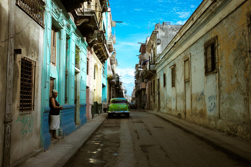 Green Car Lady in Alley2.jpg