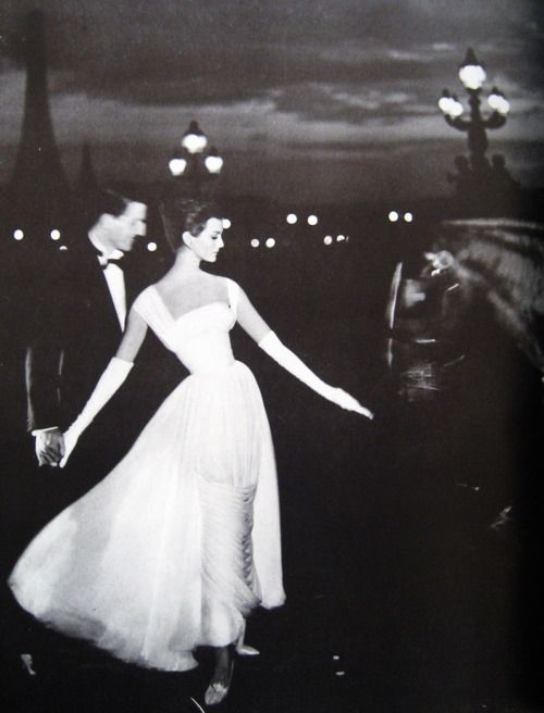 Carmen Dell'Orefice in Paris, 1950s, Photographed by Richard Avedon