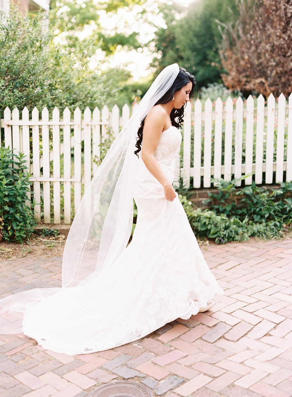 old-salem-bridal-session-005.jpg