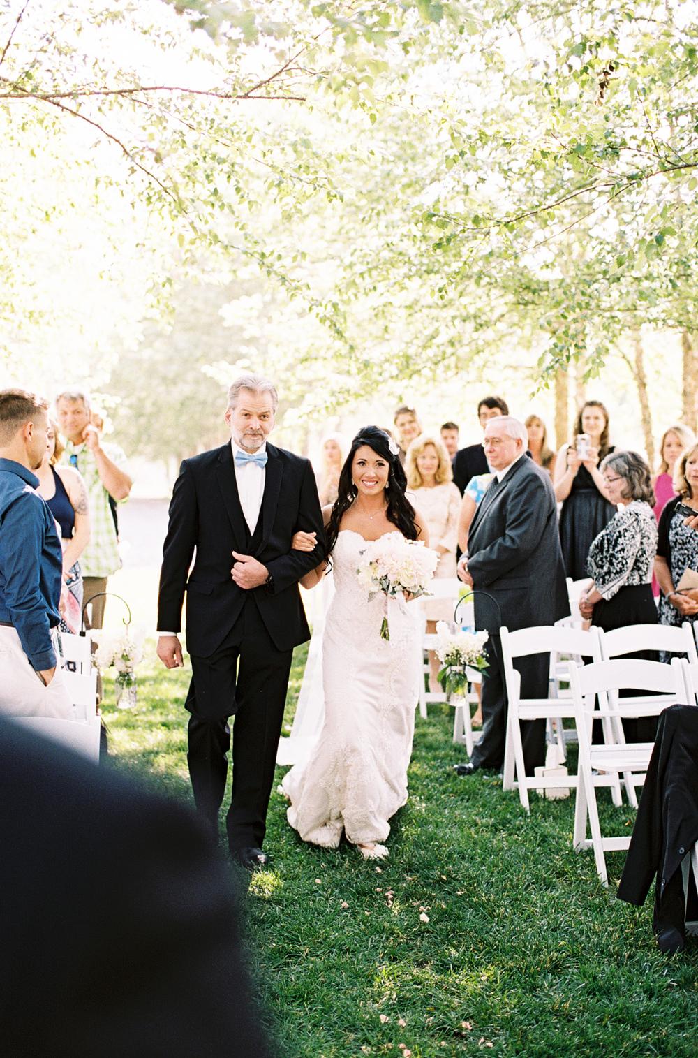 mcguires-millrace-farm-wedding-027.jpg