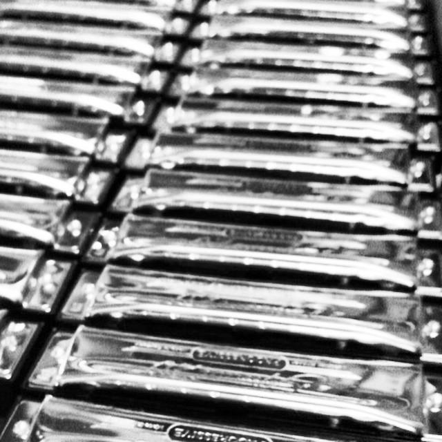 Special 20 #harmonica #playhohner #Hohner #enjoymusic #music #instrument #play #likeforlike #TagsForLikes #TFLers #vscocam #musical #bnw #mono #noir @playhohner