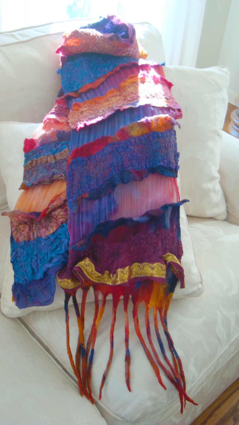 Internal Ruffle Scarf Red and Blue.JPG