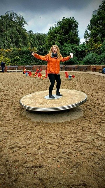 German Playgrounds > American Playgrounds!